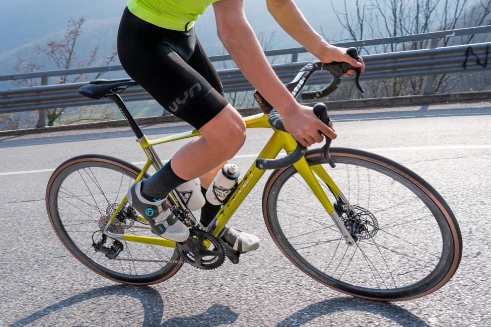 Uyn met le pied dans la chaussure de vélo avec des produits innovants